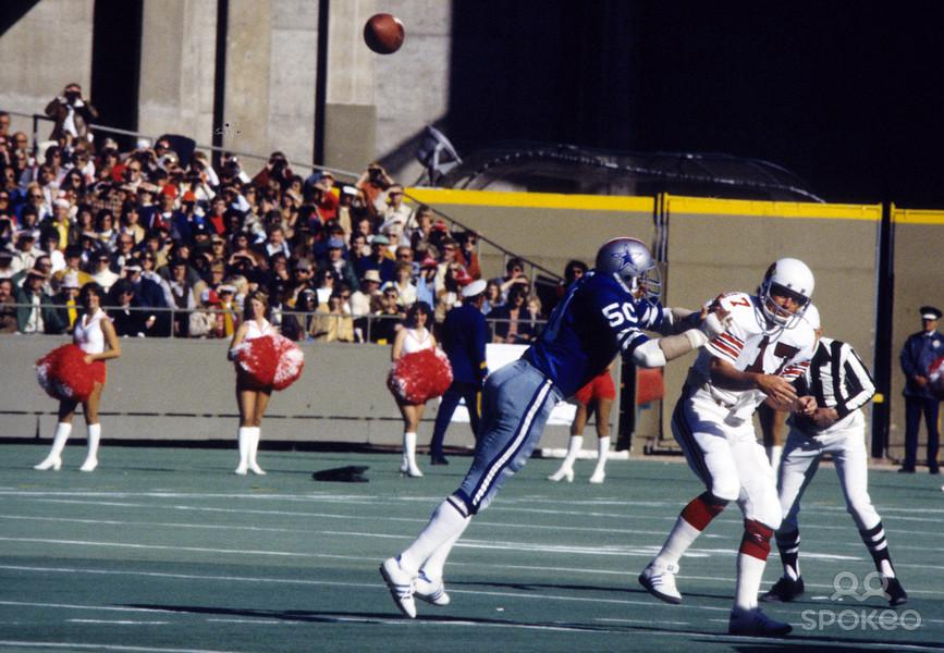 Cowboys Blog - D.D. Lewis Kicks Off The Year Of #50 2
