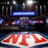 Cowboys Headlines - Live Draft Chat Tonight