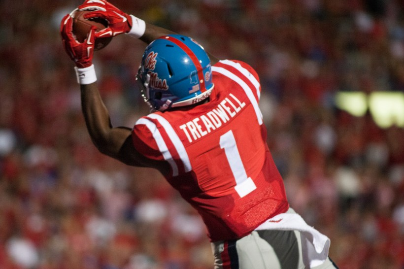 Cowboys Headlines - Pick Your Poison: Elliot or Treadwell in NY or Philly? 1