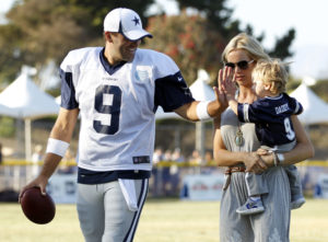 Cowboys Headlines - Tony And Candice Romo Open Up About Their Family With NBC 5 1