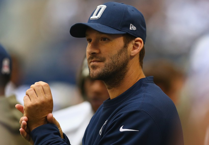 Cowboys Headlines - Tony Romo Can't Catch a Break; Not With Fans, Not With Texans Either 2