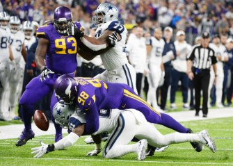 Ezekiel Elliott, Vikings, fumble