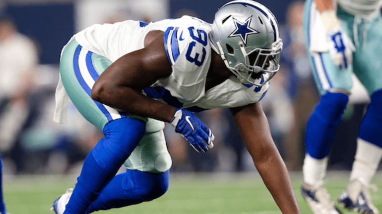 Cowboys put $17.5M franchise tag on DE Lawrence
