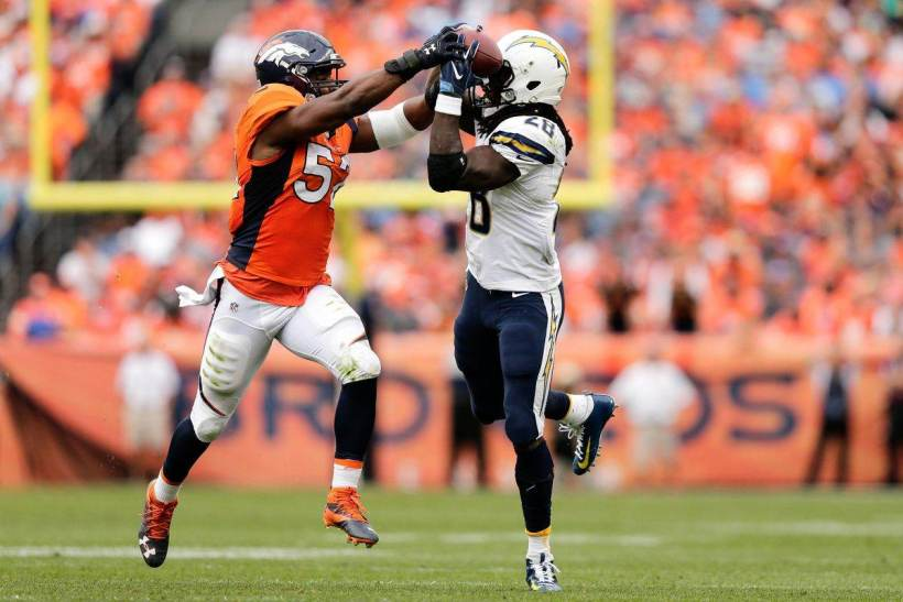 First Thoughts: Denver Broncos Versatile On Offense, Imposing Defensively 1