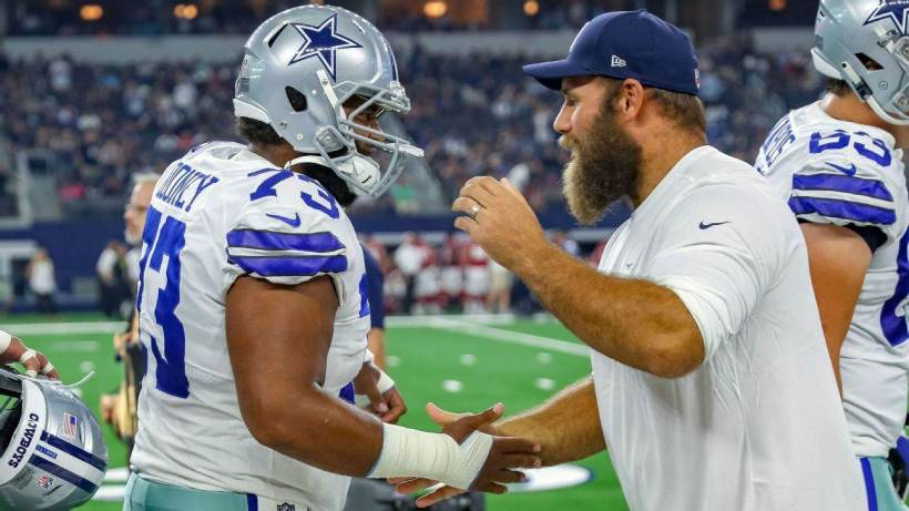Joe Looney, Travis Frederick