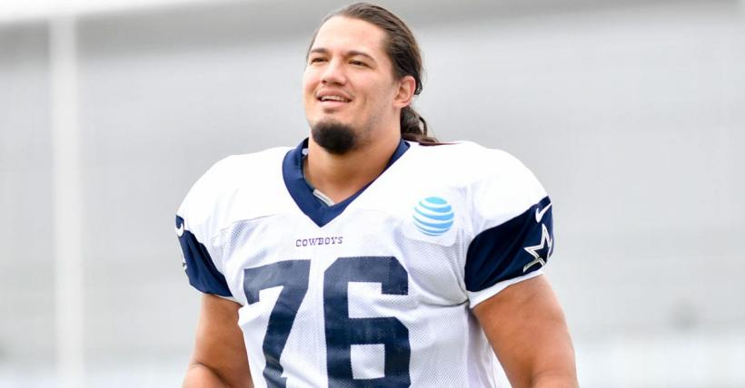 Should Cowboys Stick With Xavier Su'a'filo at LG?