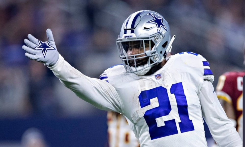 Report: Cowboys Offer Ezekiel Elliott a Contract to Make him the NFL's Second Highest-Paid RB