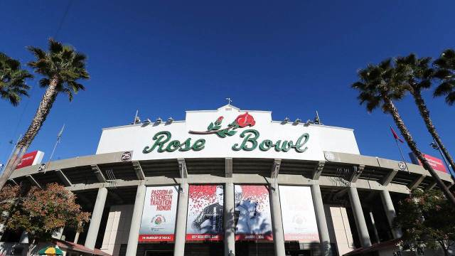 """Yellow Rose of Texas:"""" Rose Bowl to be Relocated to AT&T Stadium ✭"""