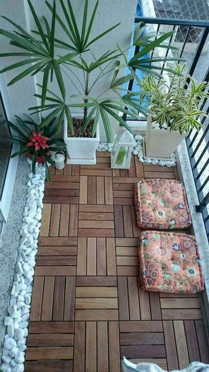 04 Cozy Apartment Balcony Decorating Ideas