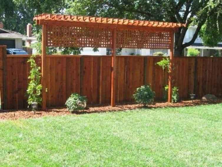 09 DIY Backyard Privacy Fence Design Ideas on A Budget