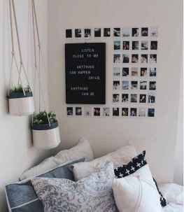 12 Cute Dorm Room Decorating Ideas on A Budget
