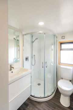 26 Genius Tiny House Bathroom Shower Design Ideas