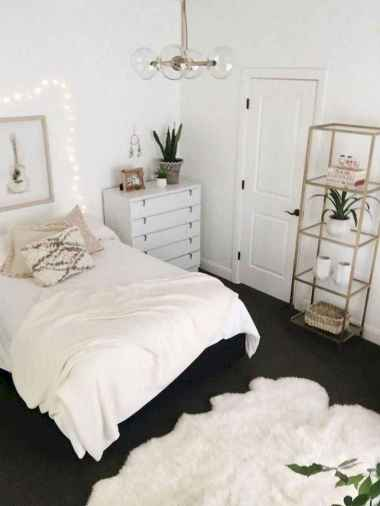39 Cute Dorm Room Decorating Ideas on A Budget