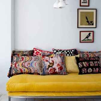 41 Beautiful Yellow Sofa for Living Room Decor Ideas