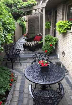 11 Incredible Side House Garden Landscaping Ideas
