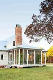 16 Cozy Farmhouse Sunroom Decor Ideas