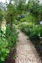 18 Beautiful DIY Mosaic Garden Path Decorations For Your Landscape Inspiration