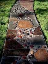 20 Beautiful DIY Mosaic Garden Path Decorations For Your Landscape Inspiration