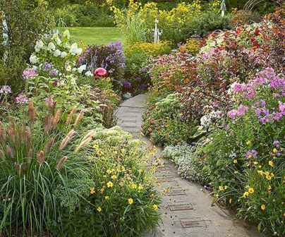 20 Fabulous Garden Path and Walkway for Front and Backyard Ideas