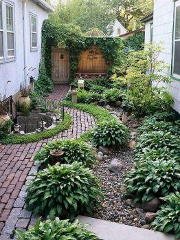 20 Incredible Side House Garden Landscaping Ideas
