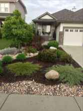 24 Awesome Front Yard Rock Garden Landscaping Ideas