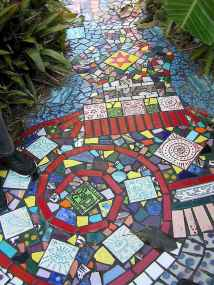 24 Beautiful DIY Mosaic Garden Path Decorations For Your Landscape Inspiration