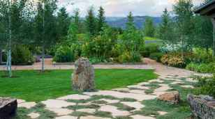24 Fabulous Garden Path and Walkway for Front and Backyard Ideas