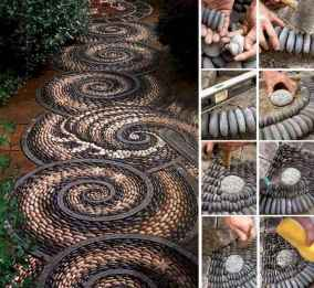 33 Beautiful DIY Mosaic Garden Path Decorations For Your Landscape Inspiration