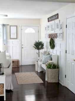 37 Inspiring Farmhouse Entryway Decor Ideas