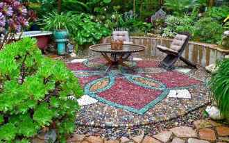 38 Excellent DIY Mosaic Garden Decoration Ideas for Front and Backyard Landscaping