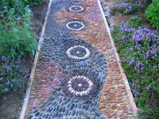 42 Beautiful DIY Mosaic Garden Path Decorations For Your Landscape Inspiration