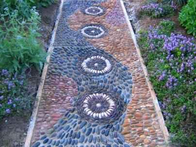 42 Beautiful DIY Mosaic Garden Path Decorations For Your Landscape Inspiration