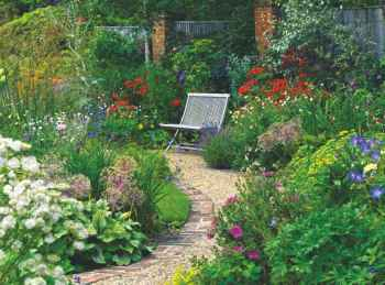 42 Fabulous Garden Path and Walkway for Front and Backyard Ideas