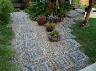 45 Beautiful DIY Mosaic Garden Path Decorations For Your Landscape Inspiration
