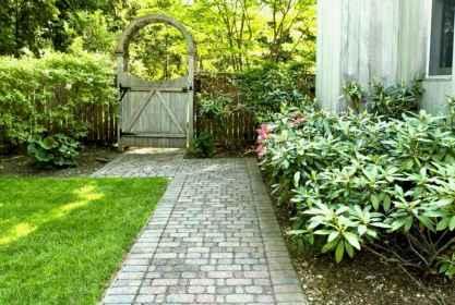 52 Incredible Side House Garden Landscaping Ideas
