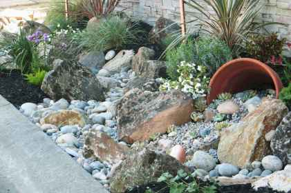 55 Awesome Front Yard Rock Garden Landscaping Ideas