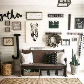 55 Inspiring Farmhouse Entryway Decor Ideas