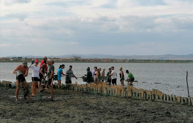 pomorie lake volunteer brigade 2021 island