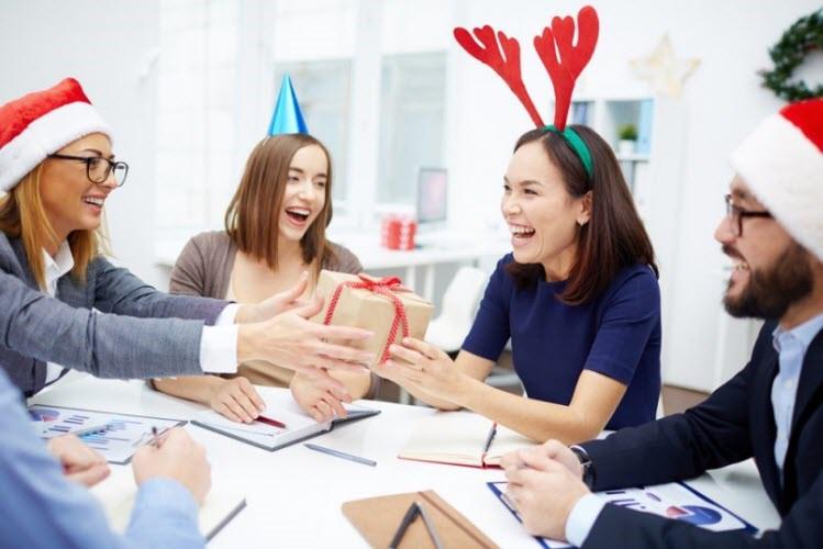 Parsel Akhir Tahun: Cara Unik Mengapresiasi Karyawan