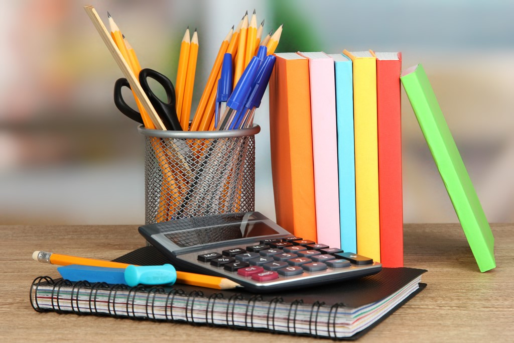 perlengkapan tulis-menulis