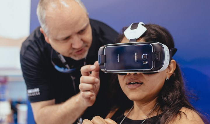 Samsung brought to life the virtual reality experience for 2,600 developers at Facebook at F8.