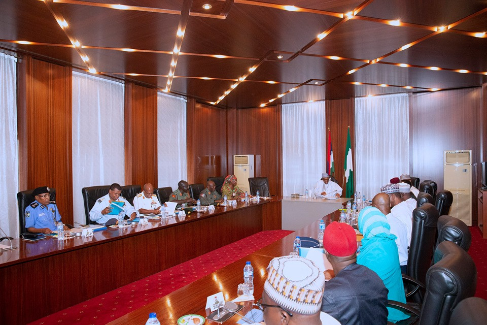 Buhari Holds Closed-Door Meeting With Service Chiefs Over
