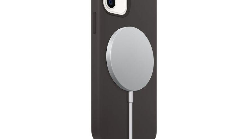 Carregador MagSafe dos iPhones passa na Anatel