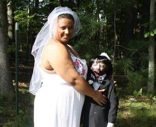 se-caso-con-un -zombi
