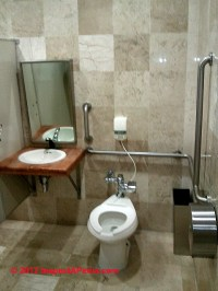 Accessible Bath Design: Accessible Bathroom design ...