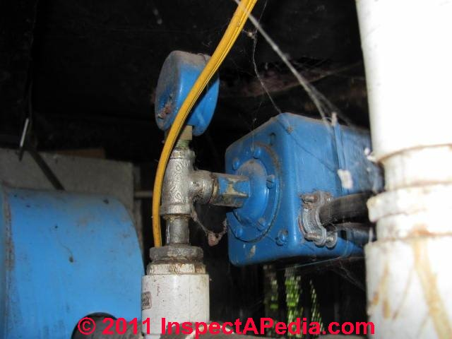 well pump float switch wiring diagram wiring diagram schematic diagram whaler sump pump wiring source i have 220v pump fills my well tank its controlled float