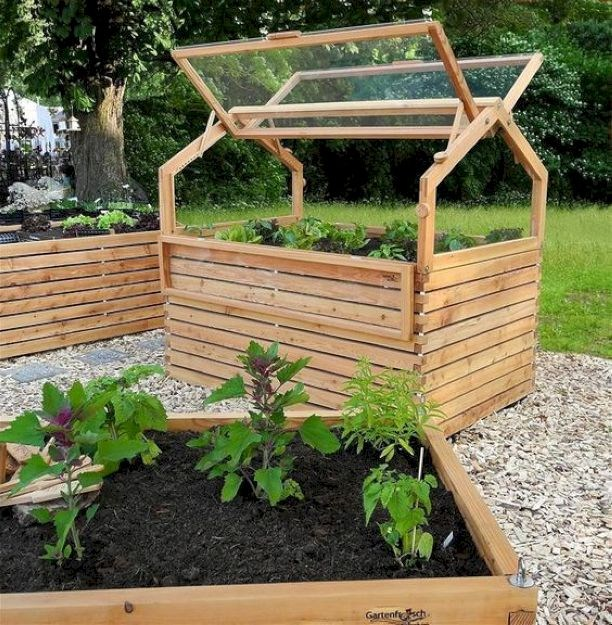 Beutiful DIY raised garden bed