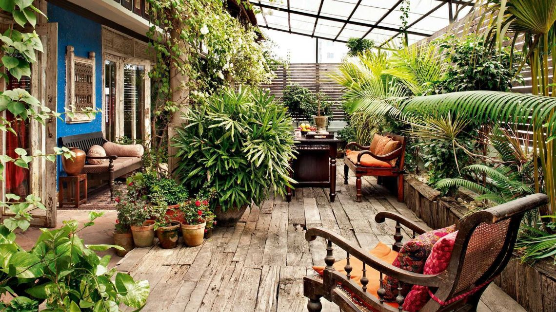 wooden concept small garden ideas