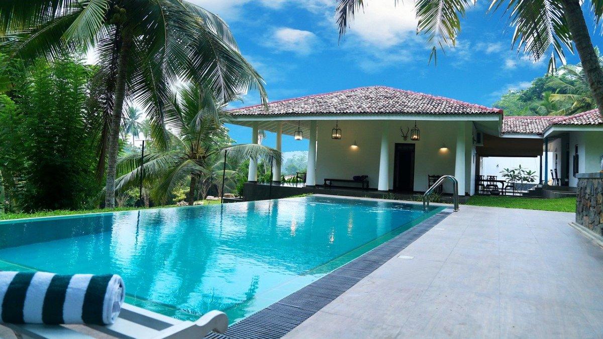 beautiful pool, pool design, pool ideas, swimming pool decoration ideas