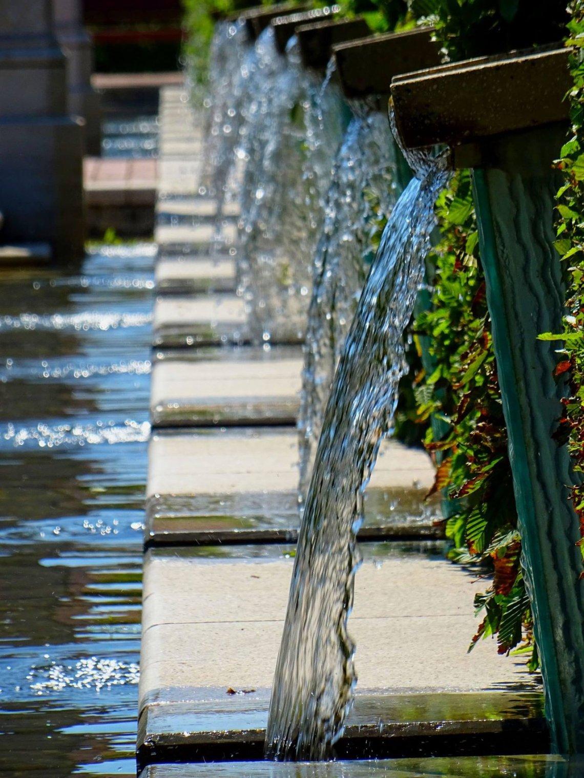 outdoor fountains concrete